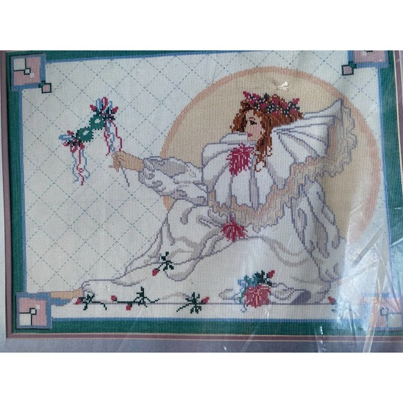 Golden Bee Lady Mime cross stitch kit